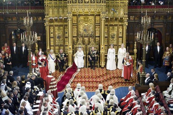 Международное право - королева Великобритании